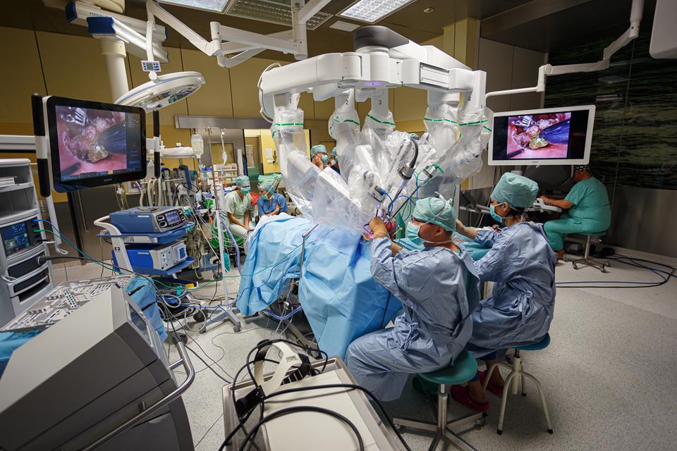 Robot wykorzystywany podczas operacji