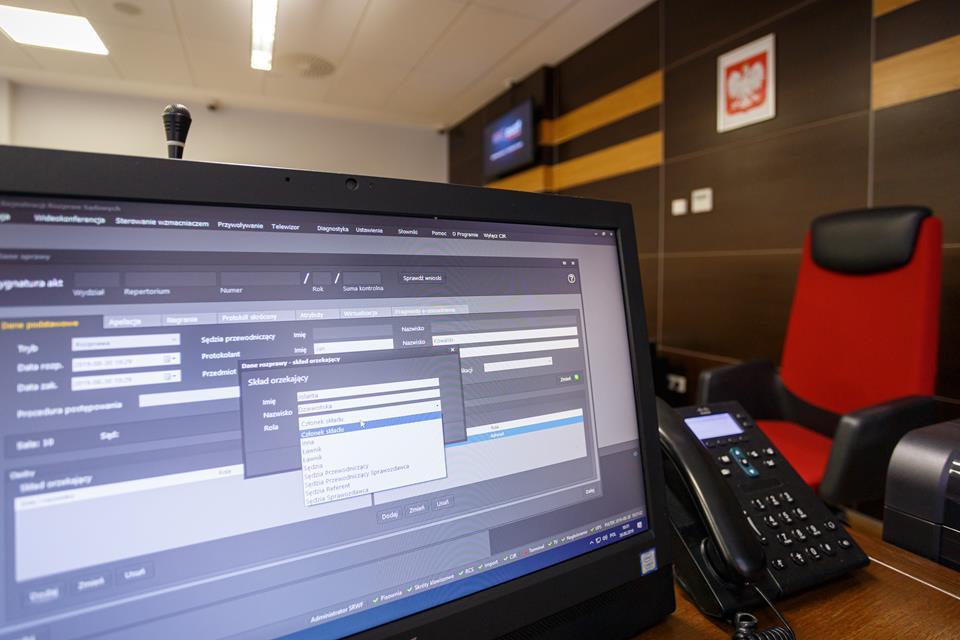 E-protokół to cyfrowy zapis dźwięku i obrazu z sali sądowej