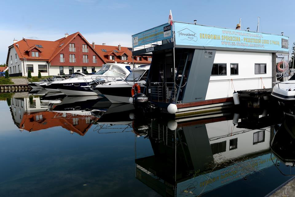 Houseboat, czyli pływający dom